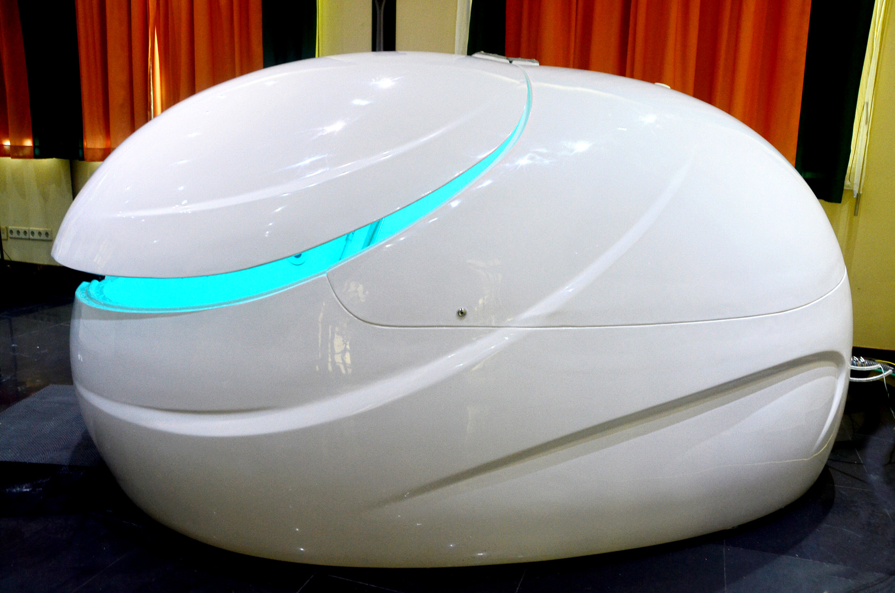 Contact US >> PICTURES - Amazing Floatation Tanks | Dreampod